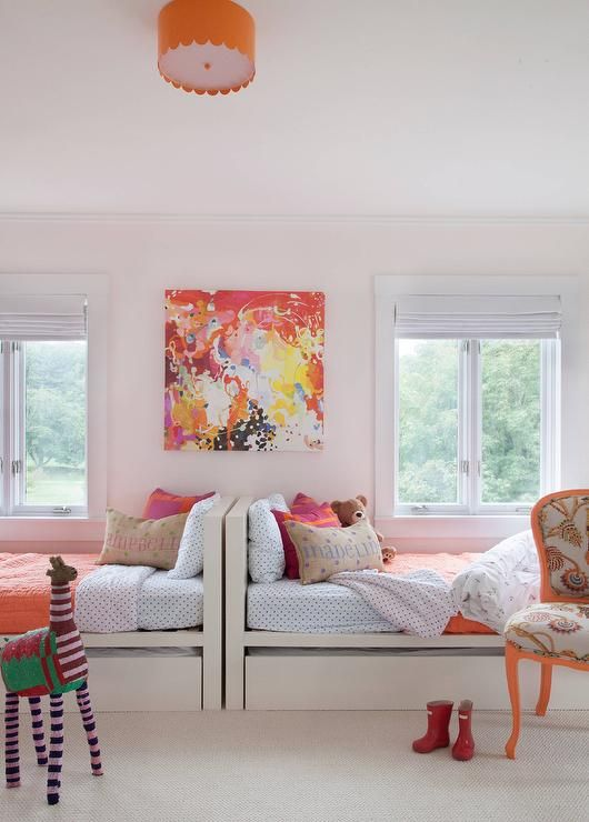 best 25 two girls bedrooms ideas on pinterest childrens space bedrooms shared rooms and. Black Bedroom Furniture Sets. Home Design Ideas