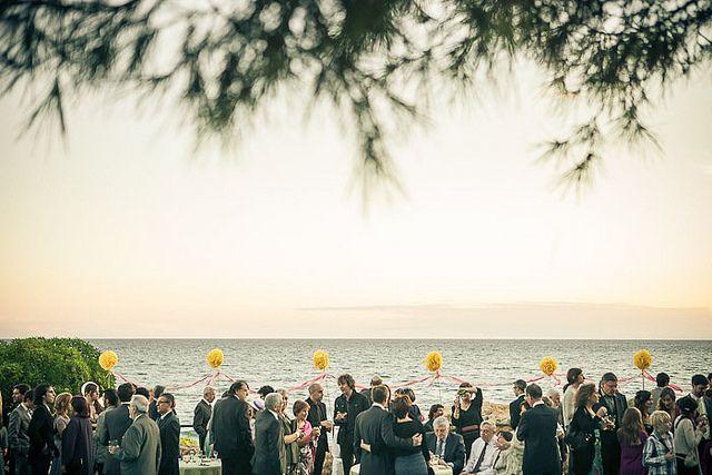 Pica-pica de boda junto al mar en el Castell de Tamarit, Tarragona
