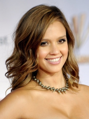 Jessica Alba: The innocence in her smile is what makes it so special!