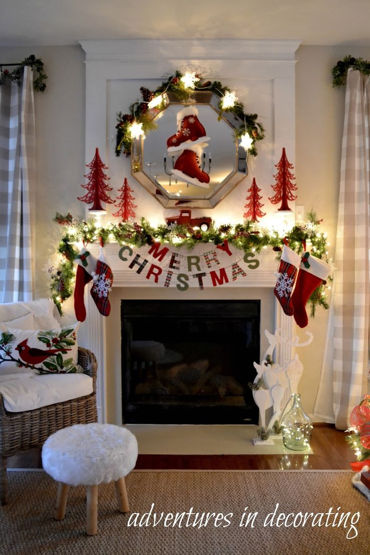 Best 25 christmas mantel decor ideas on pinterest Christmas decoration in living room