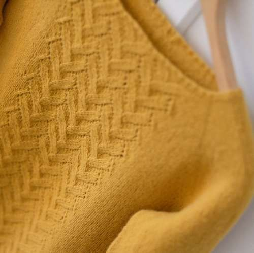 Line of Shapes Pullover | Maschenfein :: Strickblog