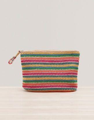 Crochet cosmetics bag - Oysho