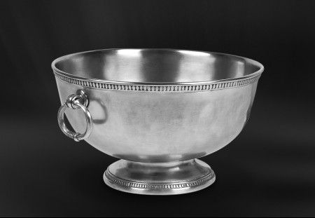 pewter punch bowl   http://www.pewter-gt.com/pewter-products/pewter-centerpiece  #italian #pewter #tableware #manufacturers #madeinitaly #punch #bowl