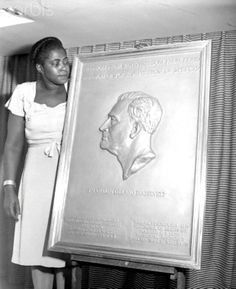 This Black Woman's Commissioned Sculpture of President Roosevelt Is On Every American Dime