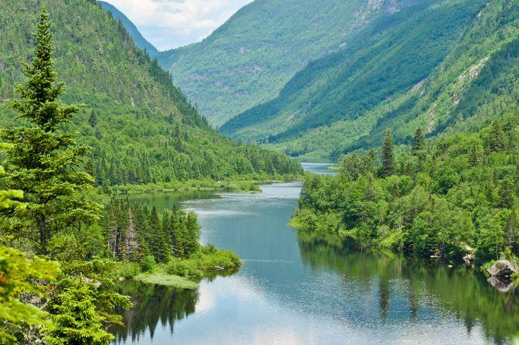 Right here in Quebec, i definetly need to go kayaking there!  Parc national des Hautes-Gorges-de-la-Rivière-Malbaie | 20 paysages québécois à couper le souffle