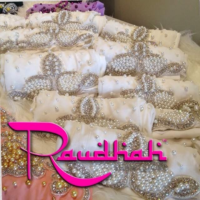 Hand Made Hijab from Malaysia  http://weddinghijab.blogspot.com/2015/01/set-qisha-daun-white-beads-white.html