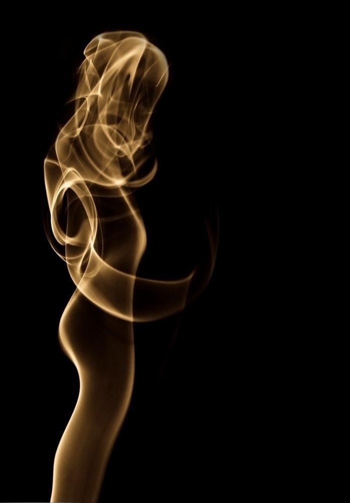 Smoky woman by Andreja Drea on 500px