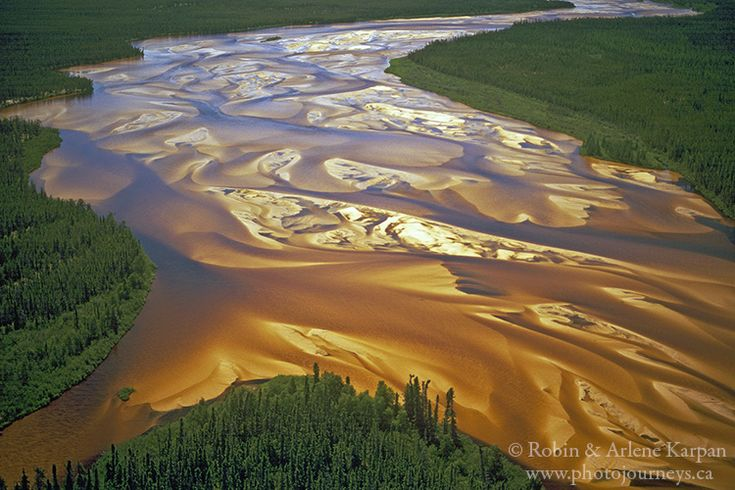 Braided section of the William River, Athabasca Sand Dunes, northern Saskatchewan
