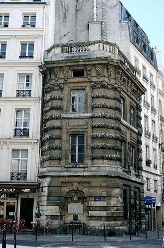 rue de l'Arbre-Sec - Paris - La Fontaine de la Croix du Trahoir Paris 1°