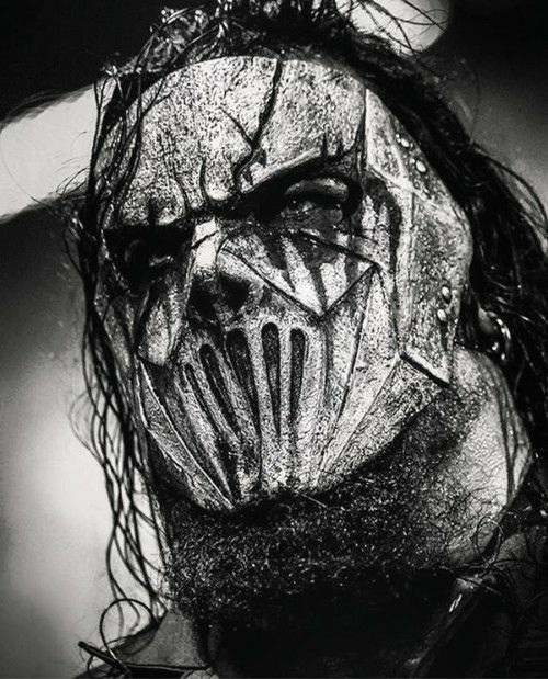 Mick Thomson of Slipknot~ 'I am a world before I am a man, I was a creature before I could stand, I will remember before I forget, before I forget that'