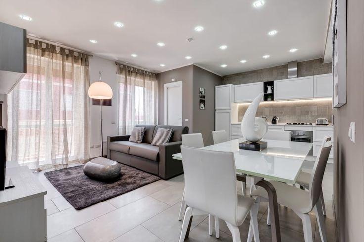 Busca imágenes de Salones de estilo moderno de Luca Tranquilli - Fotografo. Encuentra las mejores fotos para inspirarte y crea tu hogar perfecto.