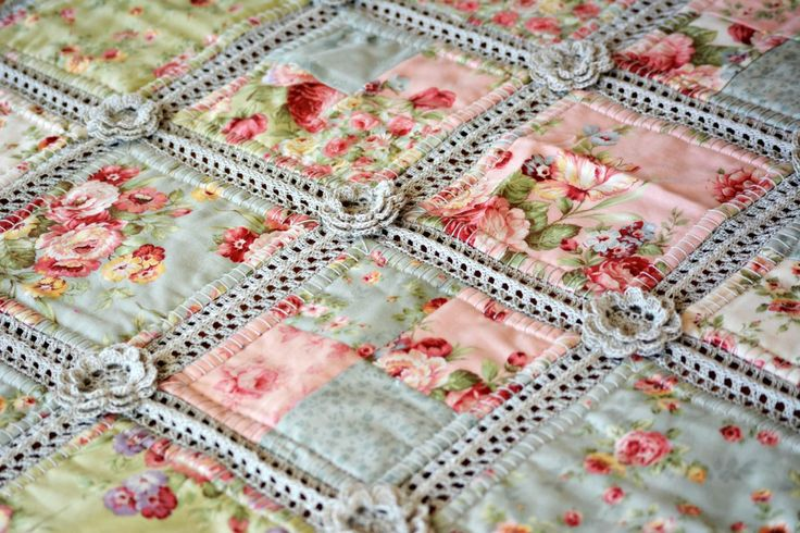 Incredibly Lovely Fabric & Crochet Quilt: some basic instructions and links