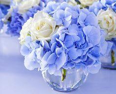 brautstrauß weiße landrosen blaue hortensien - Google Search