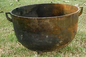 Antique Large M 20 Gallon Cast Iron Pot Handle Footed Cauldron Black Farm Pot | eBay