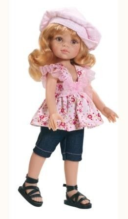 Staande blank pop Dasha met blond haar, gekleed (zomerkleding)  Materiaal: vinyl Lengte: 32 cm Bijzonderheden: geschikt voor kinderen vanaf 3 jaar   Verpakt in vensterdoos