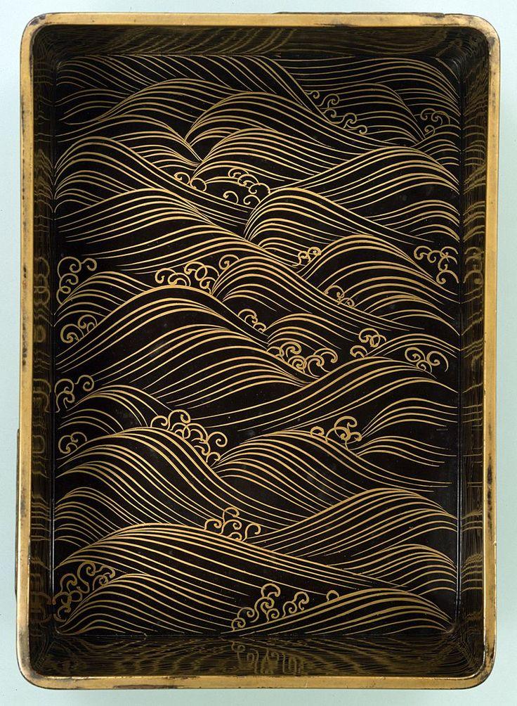 八橋蒔絵螺鈿硯箱(やつはしまきえらでんすずりばこ)- Japanese Lacquer decorated with segaiha design. This design first showed during the Heian period. V.