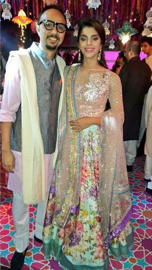 Floral lehenga with a Silver embroidered top for to shine like a diamond on your wedding reception. Sanam Saeed in Nomi Ansari at her mehndi