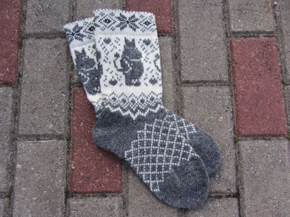 Cute knitted wool socks, used 100% sheep wool. Size 35- 45 EU