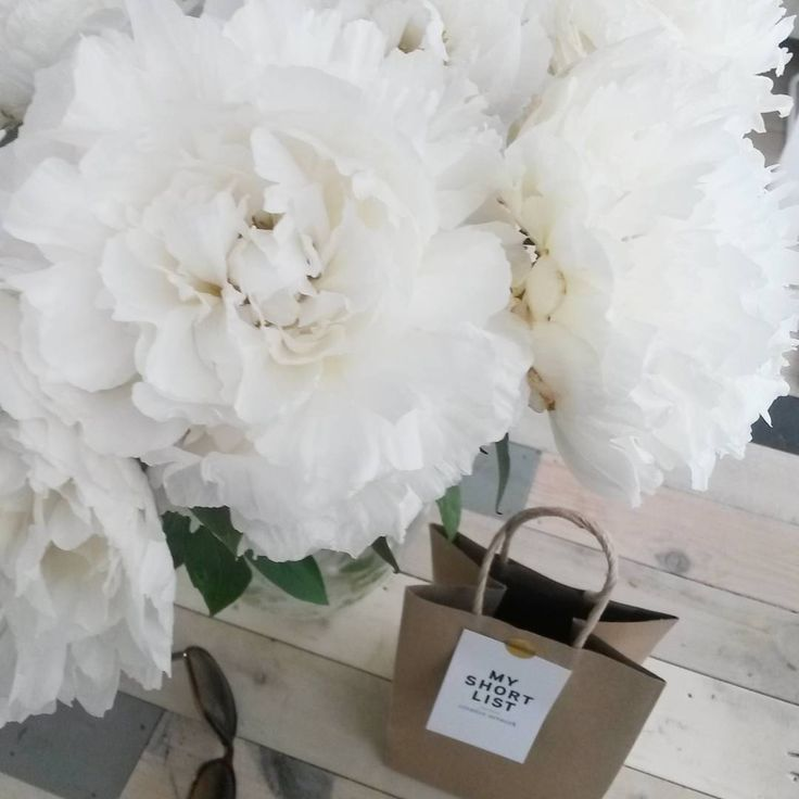Some snow for today! #hot #peony #sunnyday #white #icecold #myshortlist