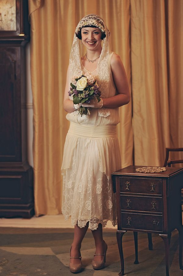 An Eco-Friendly, 1920's Vintage Fashion Inspired Bridal Photoshoot