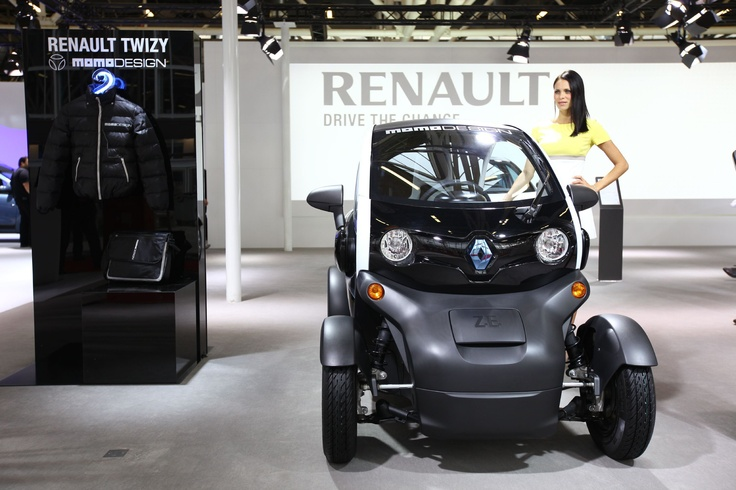 Renault Twizy Momo Design @motorshow di Bologna 2012