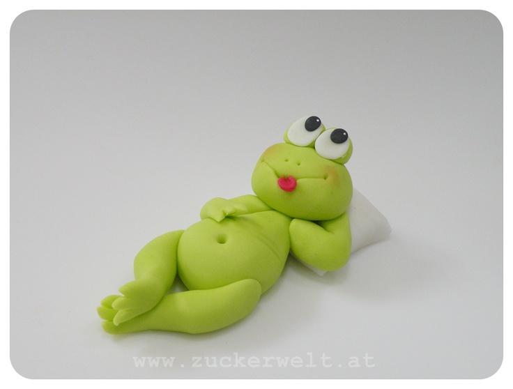 67 best frog images on pinterest frogs ceramic animals and ceramic art. Black Bedroom Furniture Sets. Home Design Ideas