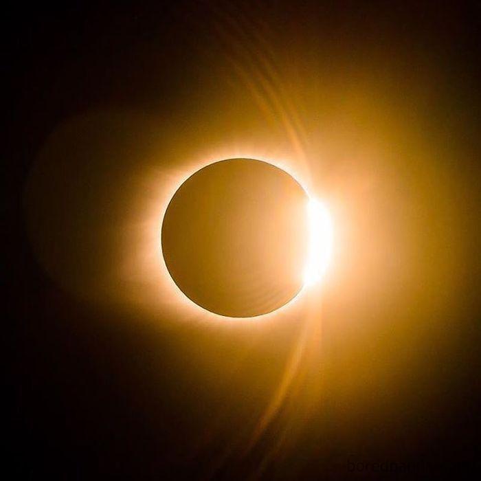 "Solar Eclipse 8-21-2017 ""Diamond Ring"" effect"