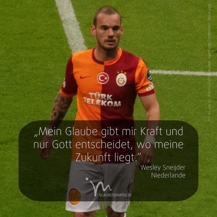 """EM-IMPULS (15/31) Jeden Tag ein neuer Star. """"Mein Glaube gibt mir Kraft und nur Gott entscheidet, wo meine Zukunft liegt."""" Wesley Sneijder (Niederlande) #em #em2016 #em16 #europameisterschaft #glaube #gott #glaubensimpulse #fußball #fussball #soccer #emimpulse #europameister #euro16 #euro2016 #wesleysneijder #sneijder #holland #niederlande #netherlands"""