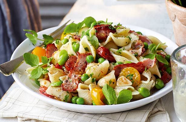 Slimming World's bacon and roast tomato pasta is a filling dish that can be on the table in just 35 mins. This recipe brings salty bacon, soft pasta shapes and plenty of veggies including broad beans together to make one mouth-watering lunch or dinner. This summery pasta salad is sure to become a favourite with you and your friends. If you have any of this pasta dish leftover, store in an airtight container in the fridge for up to 2 days.