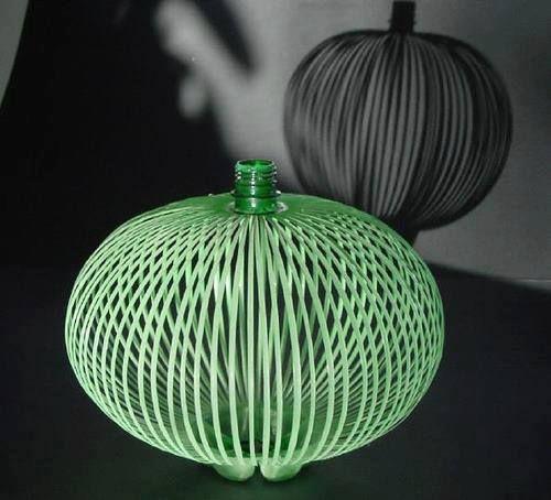 Ben noto Oltre 25 fantastiche idee su Bottiglie di plastica su Pinterest  HD69