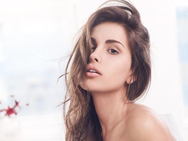 Уход за волосами зимой: несложные и эффективные советы