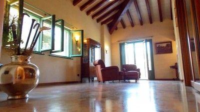 Villa singola in vendita a Montevecchia in Brianza #casaestyle #style #interior #design #home #house #casa #dream #brianza #milano #montevecchia #luxury #lusso #pregio #casa #villa #parcomontevecchia http://www.casaestyle.it/