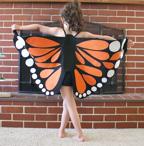 Oh these felt Monarch Butterfly Wings are so pretty! Find the tutorial to make your own on Buggy and Buddy