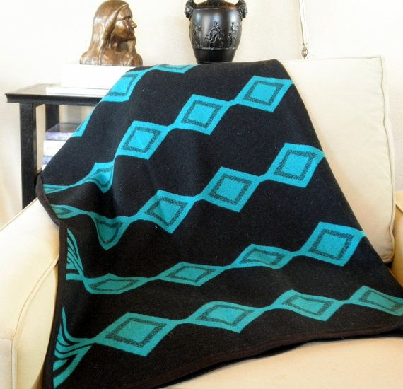 Pendelton blanket wool Navajo REVERSIBLE throw by UrbanCamp