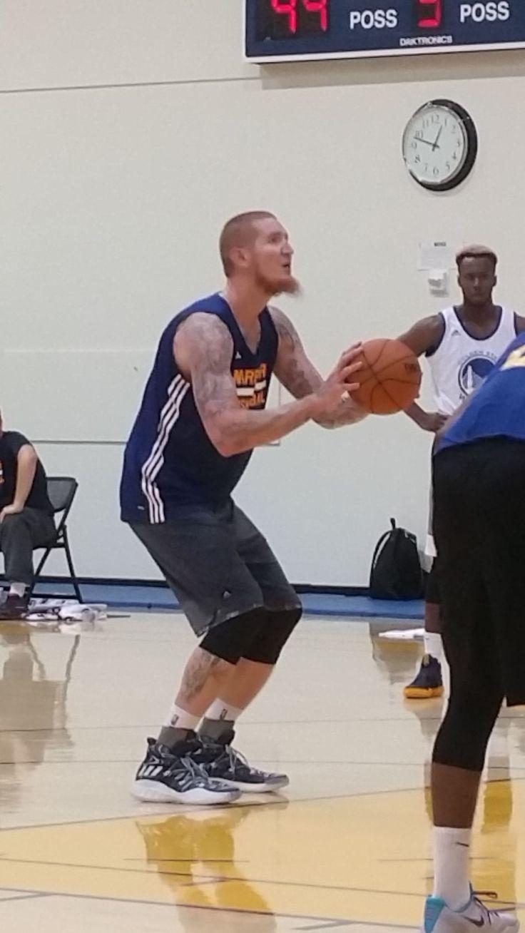 Watch: Robert Swift makes return to basketball at Santa Cruz Warriors' tryout 5