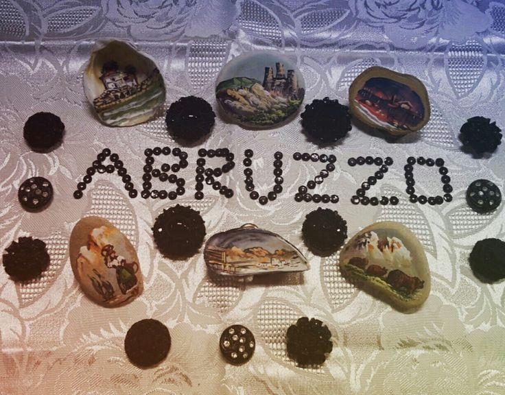 Calamite d'Abruzzo Dipinte a Mano, Bottoni Gioiello con Strass.