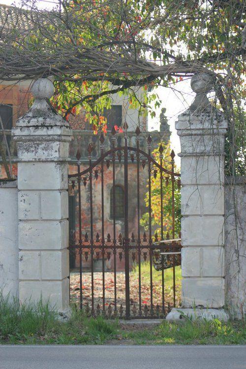 Cancello Villa Gozzi a Visinale in Friuli #gozzi700