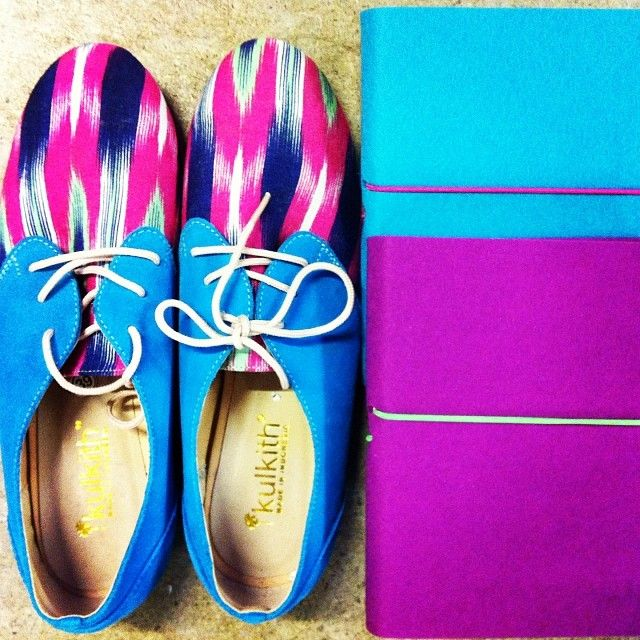 Cross-Continent Colour Coordination. #Indonesian hand-made shoes from #KulKith paired with hand-bound #German notebooks from #Bindewerk