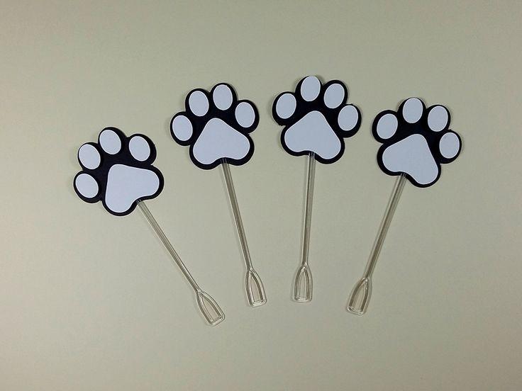 Topper Pata Snoopy. Uma ótima opção para decorar os docinhos de festinha no Tema Snoopy.