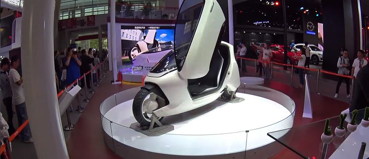 Chinese copycat could beat Lit Motors to market with first self-balancing 2-wheel electric vehicle   Electrek