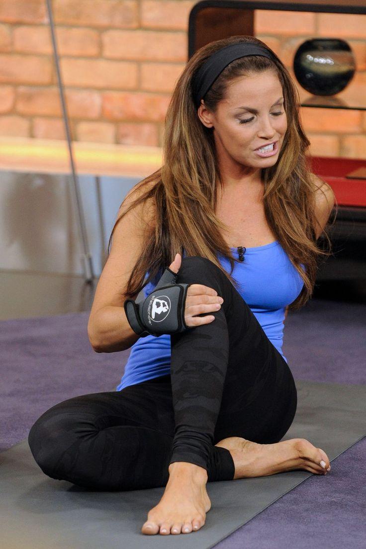 Trish Stratus Barefoot Doing Yoga  Trish Stratus  Wwe Trish, Trish Stratus, Wwe Divas-6383