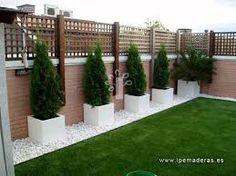 resultado de imagen de terrazas con palets y cesped artificial terraza pinterest gardens backyard and patios