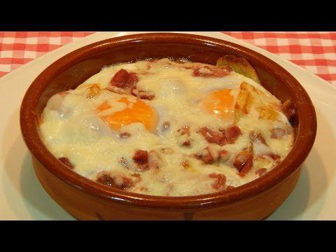Receta fácil de huevos a la cazuela rápidos y sabrosos - YouTube