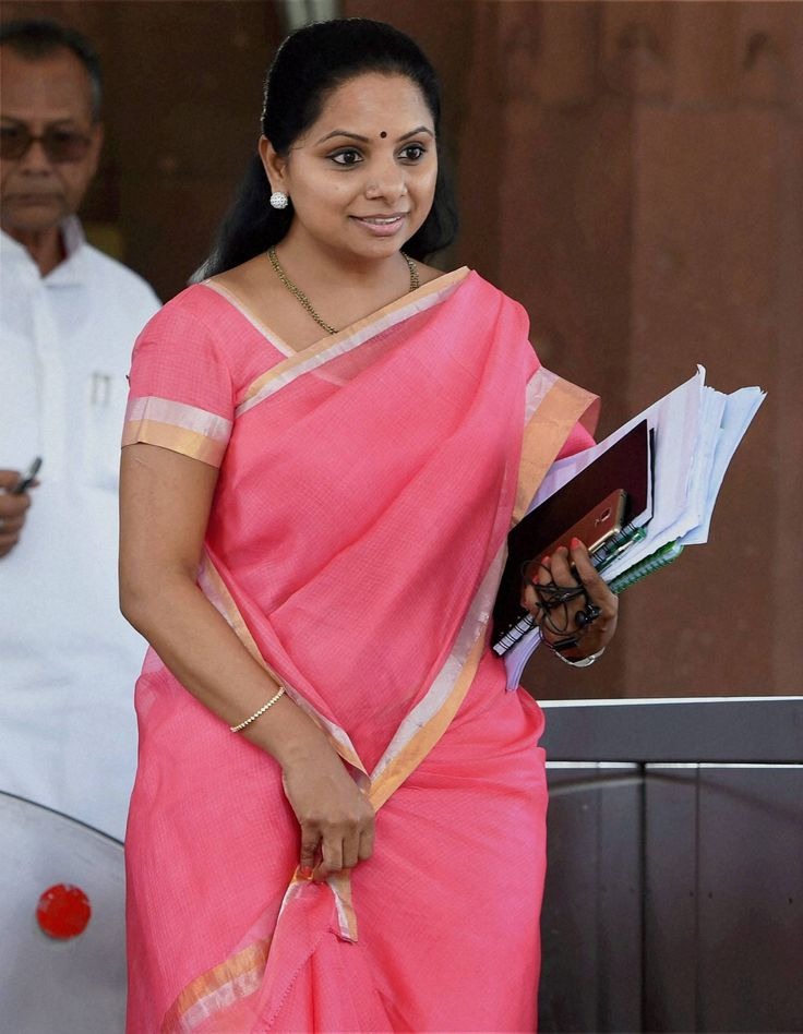 Kavitha faces sedition charges for anti-national remarks http://goo.gl/DLCGt0 http://www.thehansindia.com/posts/index/2014-08-11/Kavitha-faces-sedition-charges-for-anti-national-remarks-104678