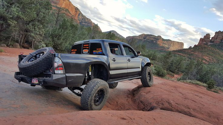 The RECTIFIED PreRunner Build Building, Monster trucks