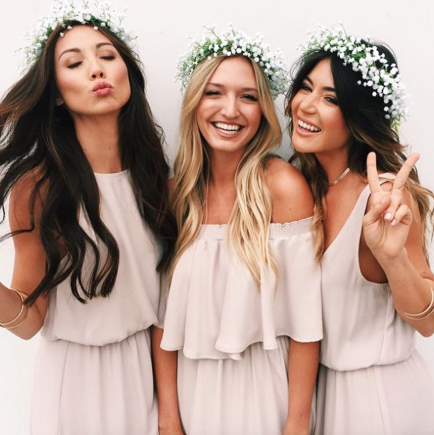 flower crowns for your spring wedding are the perfect casual bridesmaid look! Women, Men and Kids Outfit Ideas on our website at 7ootd.com #ootd #7ootd