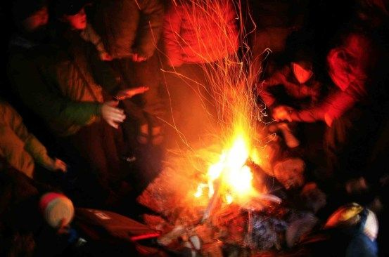 http://outdoorleaders.com/how-god-guides-us-campfire-stories-for-the-exodus-40-pillar-of-fire/