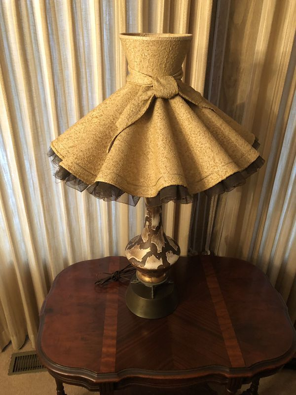 Vintage Hat Lamp Table Lamp For Sale In Harbor City Ca Offerup Table Lamps For Sale Lamp Hats Vintage