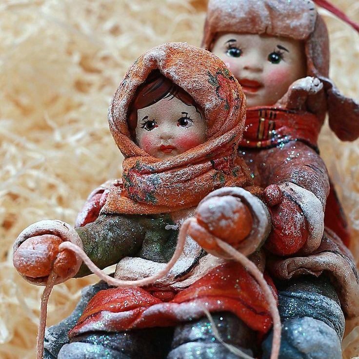 Доброе утро !) Сегодня ещё один день в Москве, буду гулять по улочкам и наслаждаться предновогодним мегаполисом))) Ночью лечу домой❄⛄ и за заказы, осталось совсем мало времени⏰!)
