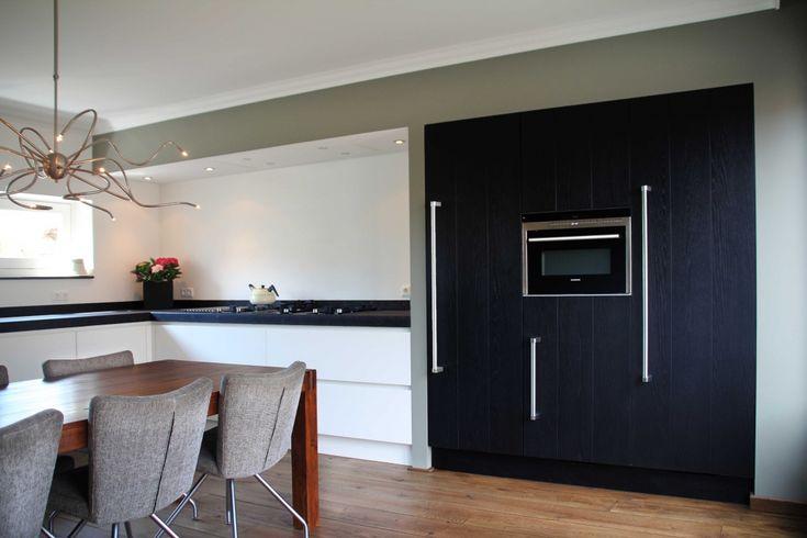 Rvs Koof Keuken : koof keuken – Doorlopend aan kasten